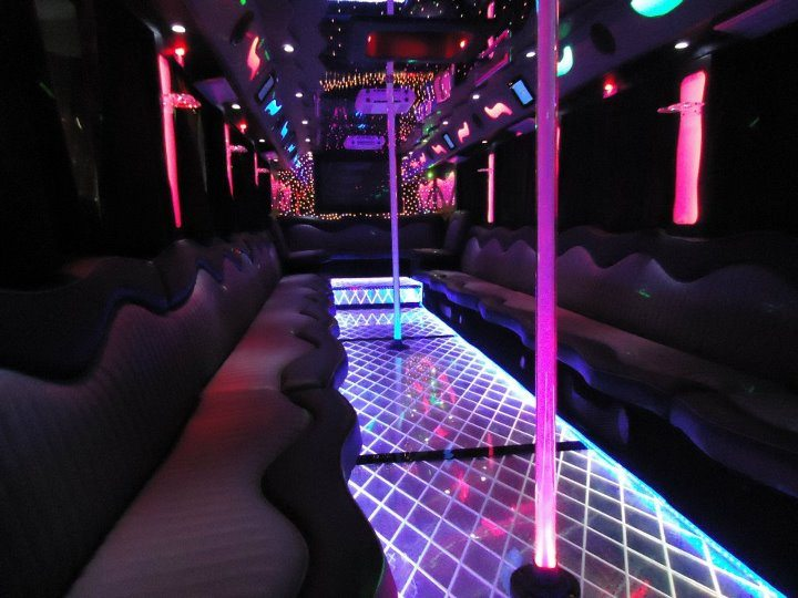 prom-vip-party-bus-new-york