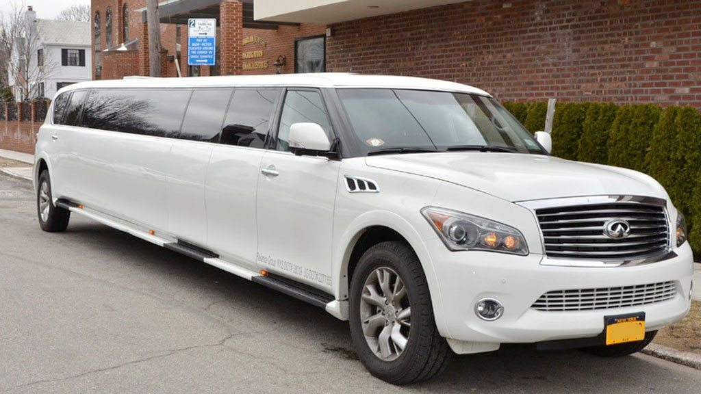 Nyc New Years Eve Limousine New Years Eve Limousinenew